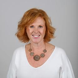 Dr Kate Heer